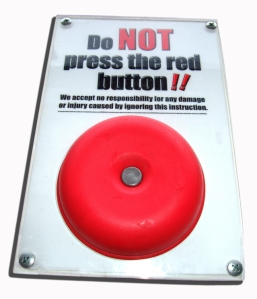 red-button-1444809-639x745